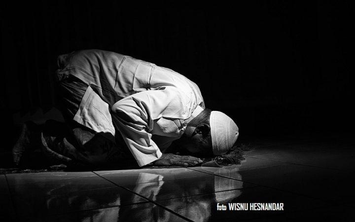 Panduan Sujud Tilawah: Ayat-ayat Sujud Tilawah atau Ayat Sajdah dan Doa Sujud Tilawah