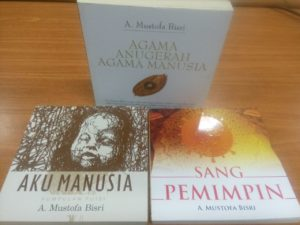 Gus Mus Terbitkan Tiga Buku Baru