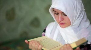 Hukum Membaca Qur'an Bagi Perempuan Haid