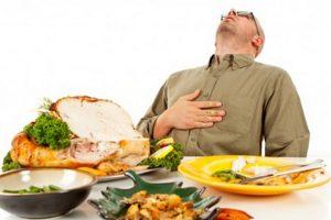 Ini Sunnah-Sunnah Ketika Makan yang Jarang Dilakukan