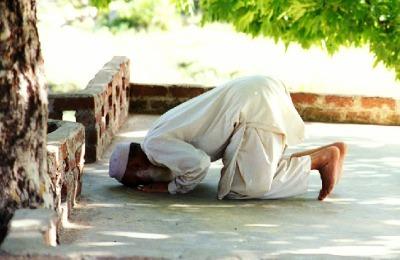 Antara Nafsu Beragama dan Imaji Ketuhanan. Di Mana Posisi Kita?