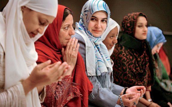 Jilbab Pakaian Takwa atau Pakaian Kesombongan?