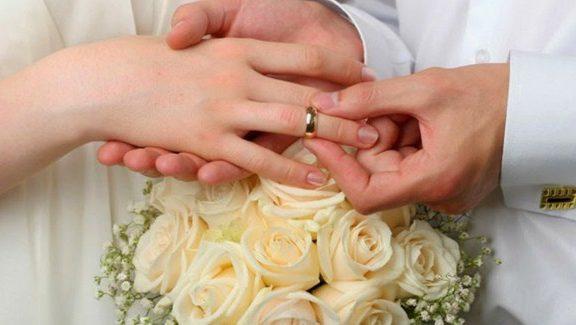 Doa Sebelum Keluar Mani Saat Berhubungan Suami-Istri