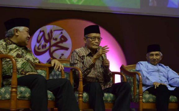 Tulisan Gus Dur: Kongres Umat Islam, Mencari Format Hubungan Agama Dengan Negara