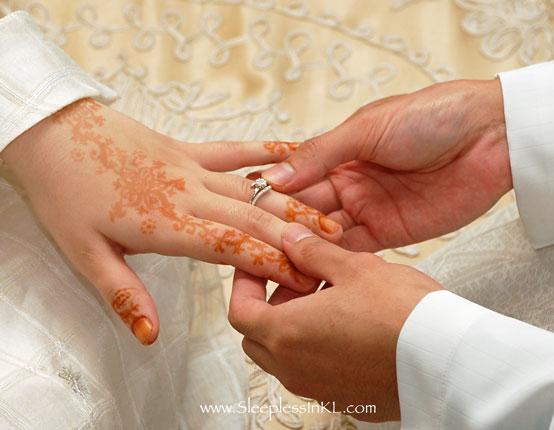 Larangan Rasul Saat Hubungan Suami Istri: Bersetubuh Sambil Berbicara