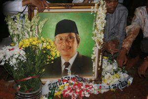 Renungan Atas Wafatnya KH. Hasyim Muzadi