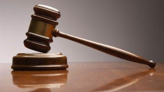 Kisah Hakim Terkenal dan Dua Perempuan