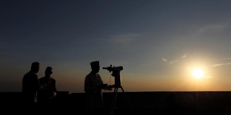 Rukyatul Hilal di 23 Titik di Indonesia