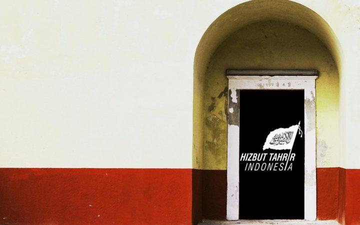 Naik Turun Perdebatan Khilafah vs Pancasila dan Strategi Kampanye Buletin Jumat