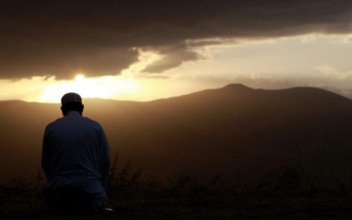 Mukmin yang Ikhlas, Siapakah Ia dan Apakah Kamu Termasuk di Antaranya?