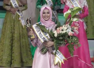 Syifa Dinobatkan sebagai Putri Muslimah 2017