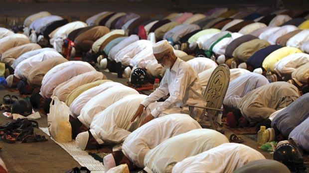 Dua Waktu Mustajab Berdoa di Hari Jumat