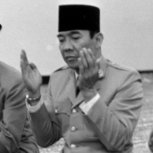 Bung Karno di Antara Muhammadiyah dan NU