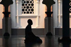 Takut kepada Allah, Seorang Pemuda Jatuh Pingsan Setelah Mendengar Nasihat Ulama