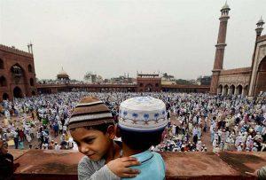 Cerita Kebaikan yang Tidak Mengenal Agama dan Mereka yang Berjuang untuk Bertahan Selama Pandemi
