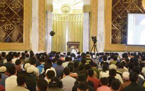 Muslim yang Kadang Lupa Islam