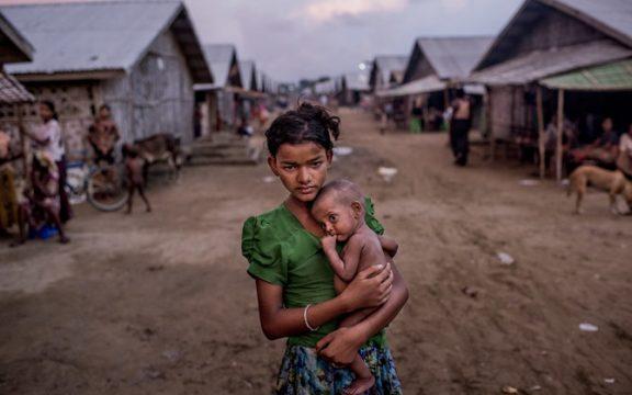 Ribuan Muslim Rohingya Kembali Mengungsi