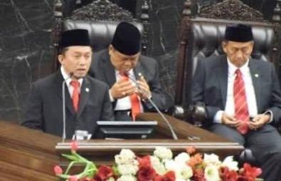 Secuil Catatan atas Doa Politis Tifatul