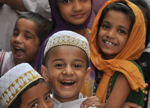 Begini Cara Mengajarkan Islam Moderat Kepada Anak