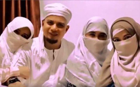 Poligami Bukan untuk Ajang Pamer-Pameran