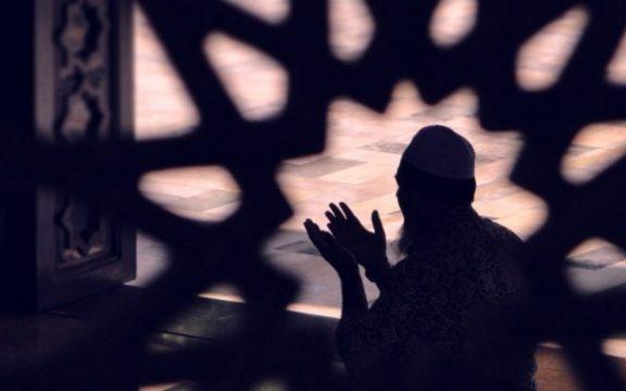 Tata Cara Shalat Khusyu' Menurut Hatim al-Asham