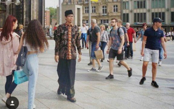 Bagaimana Organisasi Islam Indonesia di Luar Negeri, Agensi Keagamaan?