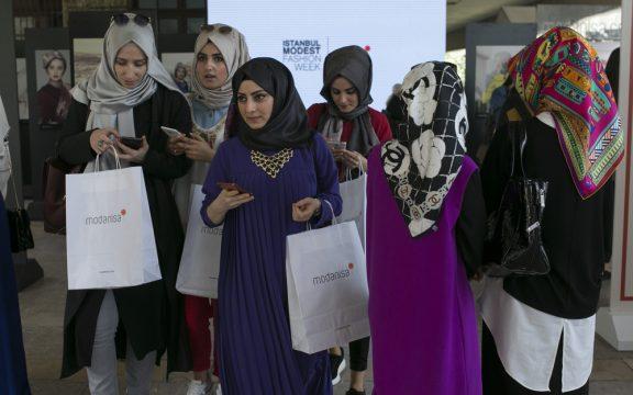 Perilaku Kelas Menengah Muslim dalam Bermedsos