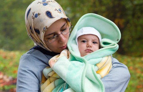 Dalam Islam, Anak Wajib Memberi Nafkah Orang Tua