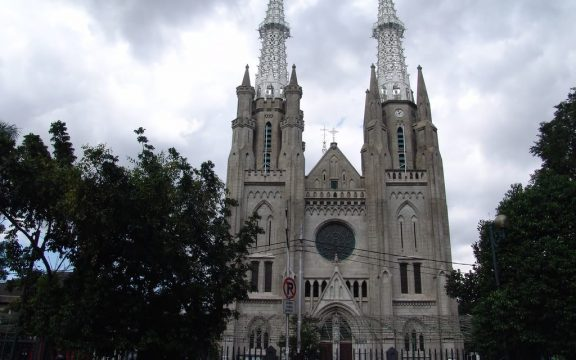 Kenapa Masjid Istiqlal dan Gereja Katedral Dibangun Berdampingan? Ini Tiga Alasannya