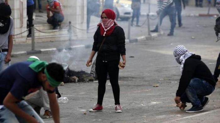 Kefiyeh Simbol Solidaritas Palestina