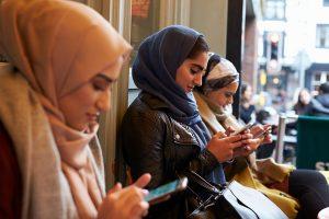 Ulama Pun Sering Berbeda Pendapat Kok. Jadi, Menjadi Muslim Harus Tetap Woles
