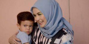 Hari Ibu, Bukan Sekadar Kata Manis dan Bungkus Kado