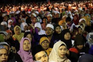 Menguak Motif Dibalik Narasi Umat Islam Tertindas