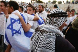 Balada Yahudi di Jalan Bunga, Negeri Para Muslim