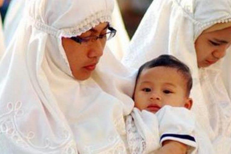 Mengapa Pembagian Najis Mukhoffafah Hanya Berlaku pada Urin Bayi Laki-laki tidak Perempuan?