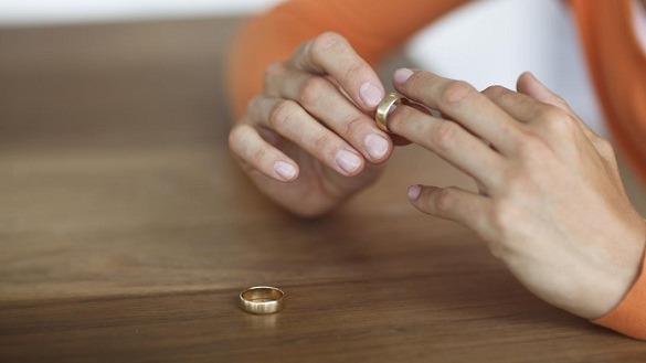 Kisah Rasulullah Menceraikan Istrinya