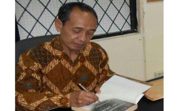 Obituari: Teladan Intelektual Muslim Bernama Profesor Bambang Pranowo