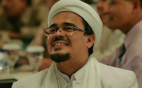 Menanti Kepulangan Habib Rizieq dan Ajaran Ahimsanya