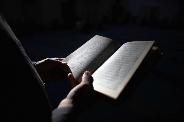 Ini Hadis yang Menunjukkan Bahwa Rasulullah Bisa Membaca dan Menulis (?)