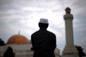 Islam Cepat Saji dan Mengapa Felix Siauw Lebih Cepat Tenar Dibanding Ustadz Lain