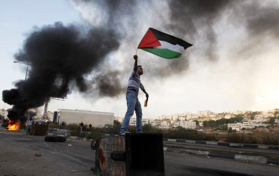 Dunia islam Pekan Ini (6-18 Mei): Tragedi di Gaza dan Teror Bom Surabaya