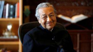 Lebih dekat dengan Mahathir Mohamad: Kisah Buku dan Kepahlawanan