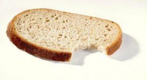 Sepotong Roti dalam Mimpi Tiga Musafir