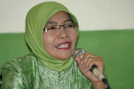 Dr. Maria Ulfah