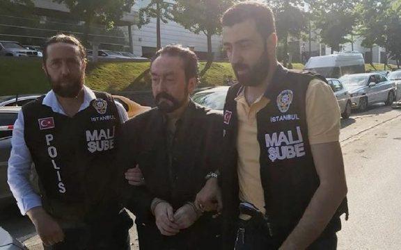 Polisi Turki Tangkap Penulis Kontroversial Harun Yahya
