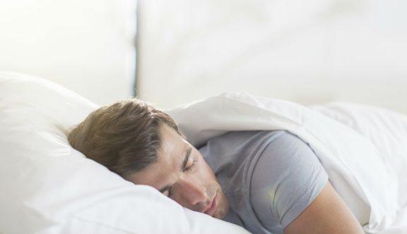 Benarkah Tidur Setelah Subuh Tak Dianjurkan?