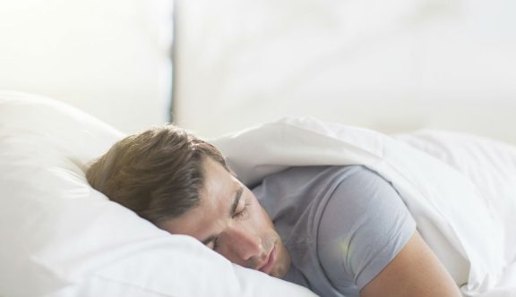 Tiga Bahaya Tidur Setelah Shubuh Menurut Para Ulama
