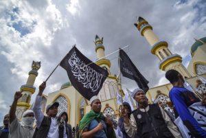 Ketika Simbol Agama Menjadi Alat Politik
