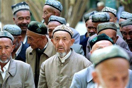 Tentang Muslim Uighur