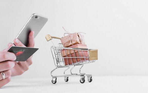 Enam Etika Ketika Jual-Beli Online